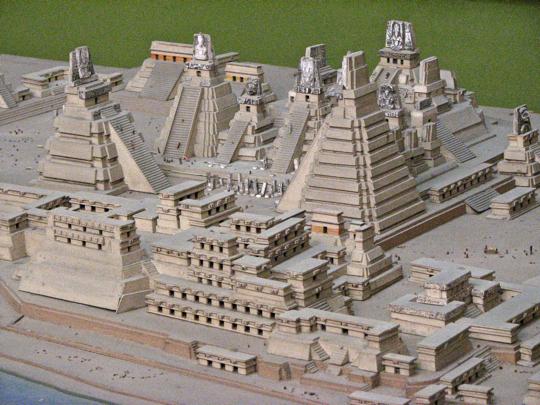 tikal-central-area-model